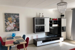 View house for rent in Maastricht Clavecymbelstraat, € 1095, 80m2 - 377629. Interested? check out this house and leave a message!