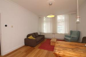 Bekijk appartement te huur in Amsterdam Plantage Badlaan, € 1750, 61m2 - 390814. Geïnteresseerd? Bekijk dan deze appartement en laat een bericht achter!
