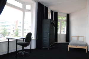 View room for rent in Enschede Borneostraat, € 625, 35m2 - 366930. Interested? check out this room and leave a message!