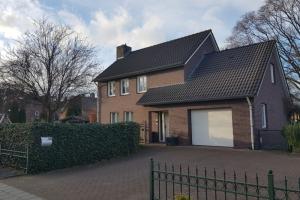 Bekijk woning te huur in Mill Langenboomseweg, € 1400, 140m2 - 361055. Geïnteresseerd? Bekijk dan deze woning en laat een bericht achter!