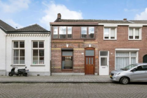 View house for rent in Tilburg Korte Nieuwstraat, € 1195, 146m2 - 370395. Interested? check out this house and leave a message!