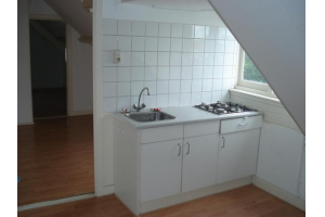 Bekijk studio te huur in Hilversum Vaartweg, € 510, 28m2 - 290049. Geïnteresseerd? Bekijk dan deze studio en laat een bericht achter!