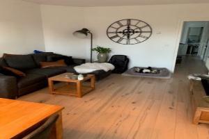 Bekijk appartement te huur in Amsterdam Postjeskade, € 1545, 56m2 - 376634. Geïnteresseerd? Bekijk dan deze appartement en laat een bericht achter!