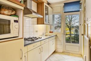 Bekijk appartement te huur in Eindhoven Pisanostraat, € 1125, 90m2 - 354186. Geïnteresseerd? Bekijk dan deze appartement en laat een bericht achter!