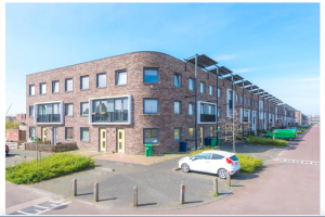 View house for rent in Almere Bartolomeus Diazstraat, € 1250, 79m2 - 370808. Interested? check out this house and leave a message!