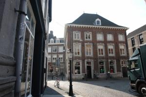 Bekijk appartement te huur in Maastricht Ruiterij, € 1204, 65m2 - 348468. Geïnteresseerd? Bekijk dan deze appartement en laat een bericht achter!