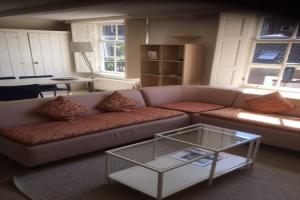 Bekijk appartement te huur in Utrecht Nieuwegracht, € 1200, 60m2 - 368800. Geïnteresseerd? Bekijk dan deze appartement en laat een bericht achter!