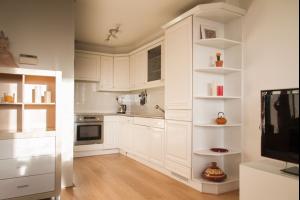 Bekijk appartement te huur in Den Haag Zeeruststraat, € 1500, 75m2 - 290367. Geïnteresseerd? Bekijk dan deze appartement en laat een bericht achter!