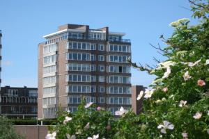 Bekijk woning te huur in Den Haag Groningsestraat, € 2950, 180m2 - 343747. Geïnteresseerd? Bekijk dan deze woning en laat een bericht achter!