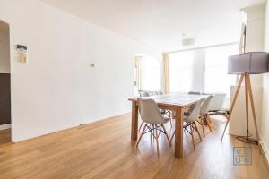 Bekijk appartement te huur in Amsterdam A. Cuypstraat, € 1525, 50m2 - 365737. Geïnteresseerd? Bekijk dan deze appartement en laat een bericht achter!