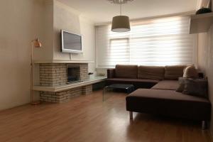 Bekijk appartement te huur in Den Haag Maasstraat, € 1195, 90m2 - 395599. Geïnteresseerd? Bekijk dan deze appartement en laat een bericht achter!