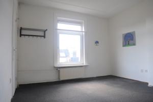Bekijk appartement te huur in Den Haag Loosduinsekade, € 550, 25m2 - 364526. Geïnteresseerd? Bekijk dan deze appartement en laat een bericht achter!