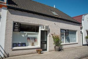 Bekijk appartement te huur in Melissant Voorstraat, € 1250, 140m2 - 374046. Geïnteresseerd? Bekijk dan deze appartement en laat een bericht achter!