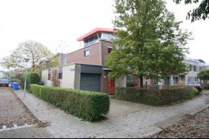 Bekijk woning te huur in Zwolle Van Nispensingel, € 1195, 150m2 - 282690. Geïnteresseerd? Bekijk dan deze woning en laat een bericht achter!