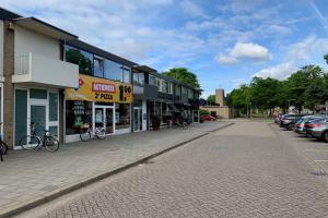 Bekijk appartement te huur in Rosmalen O. Baan, € 850, 100m2 - 365630. Geïnteresseerd? Bekijk dan deze appartement en laat een bericht achter!