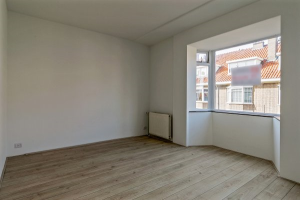 View apartment for rent in Den Haag Rhenenstraat, € 1195, 83m2 - 380757. Interested? check out this apartment and leave a message!
