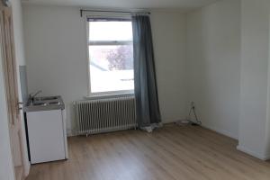 Bekijk kamer te huur in Apeldoorn Deventerstraat, € 525, 18m2 - 343356. Geïnteresseerd? Bekijk dan deze kamer en laat een bericht achter!