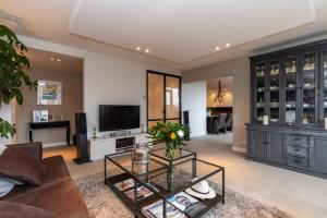 Bekijk appartement te huur in Heemstede Wasserij-Annalaan, € 1740, 151m2 - 359956. Geïnteresseerd? Bekijk dan deze appartement en laat een bericht achter!