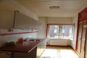 Bekijk appartement te huur in Enschede Emmastraat, € 735, 106m2 - 394506. Geïnteresseerd? Bekijk dan deze appartement en laat een bericht achter!