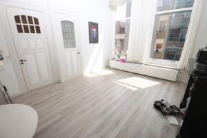 Bekijk appartement te huur in Groningen Nieuweweg, € 948, 37m2 - 378913. Geïnteresseerd? Bekijk dan deze appartement en laat een bericht achter!