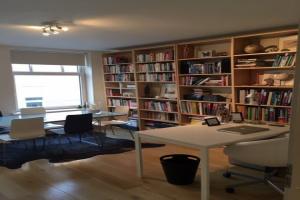 Bekijk appartement te huur in Amsterdam V. Bossestraat, € 1550, 50m2 - 361727. Geïnteresseerd? Bekijk dan deze appartement en laat een bericht achter!