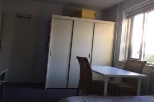 Bekijk kamer te huur in Hengelo Ov Koekoekweg, € 460, 25m2 - 356334. Geïnteresseerd? Bekijk dan deze kamer en laat een bericht achter!