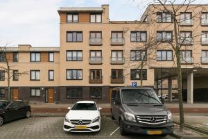Bekijk appartement te huur in Barendrecht A. Carre, € 1245, 100m2 - 351020. Geïnteresseerd? Bekijk dan deze appartement en laat een bericht achter!