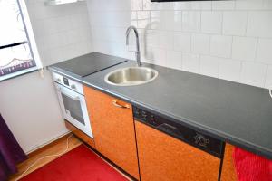 Te huur: Appartement Honselersdijkstraat, Den Haag - 1