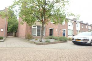 Bekijk woning te huur in Best Kapelaan H.G.M. Koopmansstr, € 1250, 126m2 - 373936. Geïnteresseerd? Bekijk dan deze woning en laat een bericht achter!
