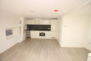 Bekijk appartement te huur in Amsterdam Vancouverstraat, € 2200, 75m2 - 361331. Geïnteresseerd? Bekijk dan deze appartement en laat een bericht achter!