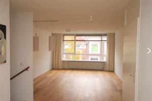 Bekijk appartement te huur in Den Haag Barentszstraat, € 1350, 85m2 - 384729. Geïnteresseerd? Bekijk dan deze appartement en laat een bericht achter!
