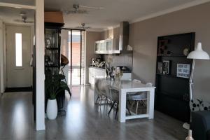 Bekijk appartement te huur in Valkenburg Zh Woestijnvalk, € 1050, 80m2 - 294313. Geïnteresseerd? Bekijk dan deze appartement en laat een bericht achter!