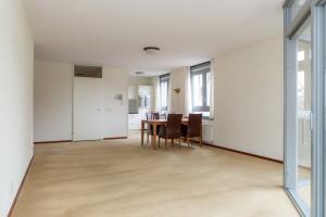 Bekijk appartement te huur in Eindhoven Strijpsestraat, € 1250, 105m2 - 351870. Geïnteresseerd? Bekijk dan deze appartement en laat een bericht achter!