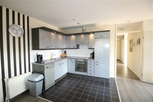 Bekijk appartement te huur in Uithoorn Canadese Gans, € 1395, 80m2 - 375076. Geïnteresseerd? Bekijk dan deze appartement en laat een bericht achter!