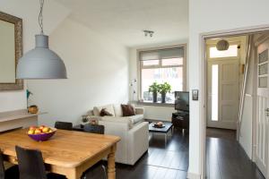 Bekijk woning te huur in Zwolle Vechtstraat, € 1100, 71m2 - 345654. Geïnteresseerd? Bekijk dan deze woning en laat een bericht achter!