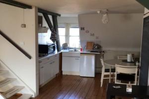 Bekijk appartement te huur in Maastricht S. Antoniuslaan, € 725, 60m2 - 357714. Geïnteresseerd? Bekijk dan deze appartement en laat een bericht achter!
