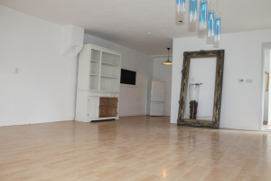 View house for rent in Apeldoorn Arnhemseweg, € 1125, 125m2 - 387753. Interested? check out this house and leave a message!