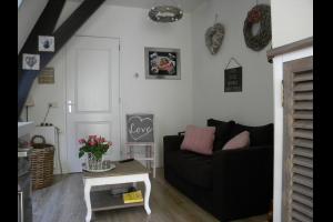 Bekijk appartement te huur in Nijkerk Gld Gasthuisstraat: Geheel gerenoveerd appartement - € 600, 30m2 - 327832