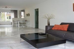 Bekijk appartement te huur in Den Haag Theresiastraat, € 1350, 85m2 - 363869. Geïnteresseerd? Bekijk dan deze appartement en laat een bericht achter!