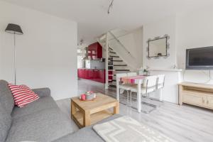 Bekijk appartement te huur in Diemen R. Castelijnstraat, € 1750, 95m2 - 363885. Geïnteresseerd? Bekijk dan deze appartement en laat een bericht achter!