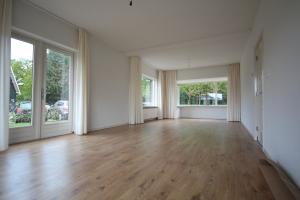View house for rent in Zwolle Kerkepad, € 1595, 152m2 - 365774. Interested? check out this house and leave a message!