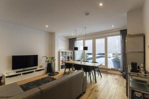 Bekijk appartement te huur in Maastricht Bredestraat, € 1750, 85m2 - 361393. Geïnteresseerd? Bekijk dan deze appartement en laat een bericht achter!