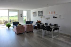 Bekijk woning te huur in Vijfhuizen Jack Sharp park, € 2250, 200m2 - 273349. Geïnteresseerd? Bekijk dan deze woning en laat een bericht achter!