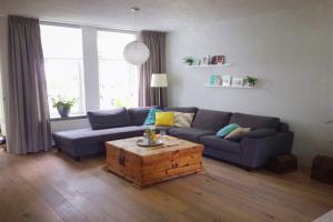 Bekijk woning te huur in Almere Wilgengriend, € 1400, 145m2 - 355258. Geïnteresseerd? Bekijk dan deze woning en laat een bericht achter!