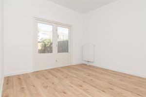 Bekijk appartement te huur in Zaandam P. Hendrikkade, € 2150, 73m2 - 350133. Geïnteresseerd? Bekijk dan deze appartement en laat een bericht achter!