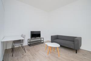 Te huur: Appartement Loosduinseweg, Den Haag - 1
