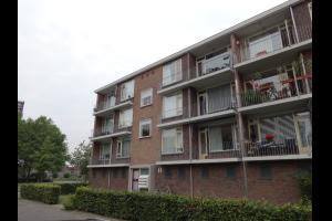 Bekijk kamer te huur in Zwolle Gombertstraat, € 390, 18m2 - 295048. Geïnteresseerd? Bekijk dan deze kamer en laat een bericht achter!
