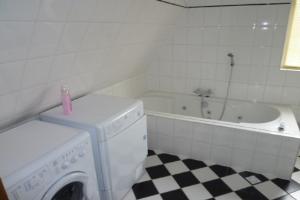 Bekijk appartement te huur in Rotterdam Bovenstraat, € 1250, 95m2 - 337034. Geïnteresseerd? Bekijk dan deze appartement en laat een bericht achter!