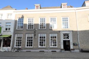 Bekijk appartement te huur in Breda Halstraat, € 1450, 122m2 - 354062. Geïnteresseerd? Bekijk dan deze appartement en laat een bericht achter!