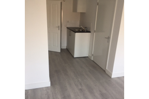View studio for rent in Tilburg Staringstraat, € 550, 24m2 - 322122. Interested? check out this studio and leave a message!